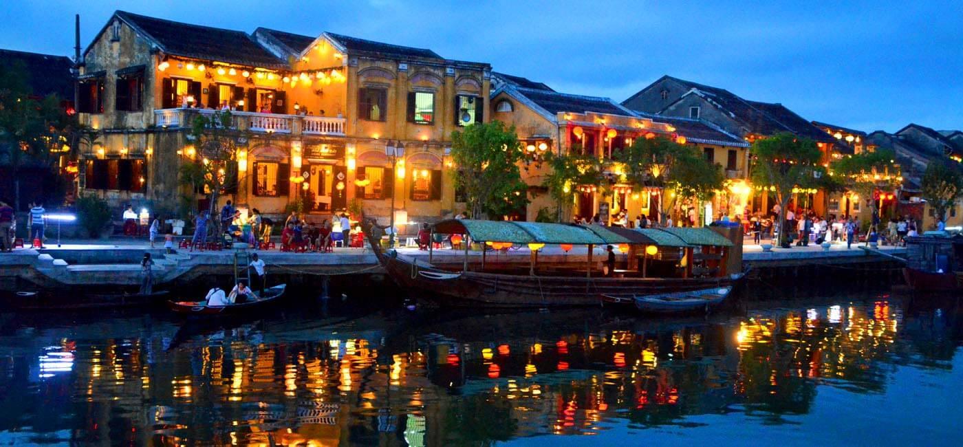 Hoi An (ホイアン)古代の町 – 時間が止まる美しさ