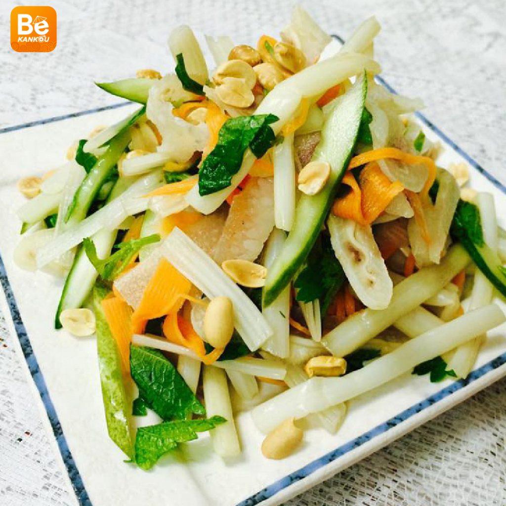 サイゴン市場での14年に販売している蓮の茎のサラダ屋台5