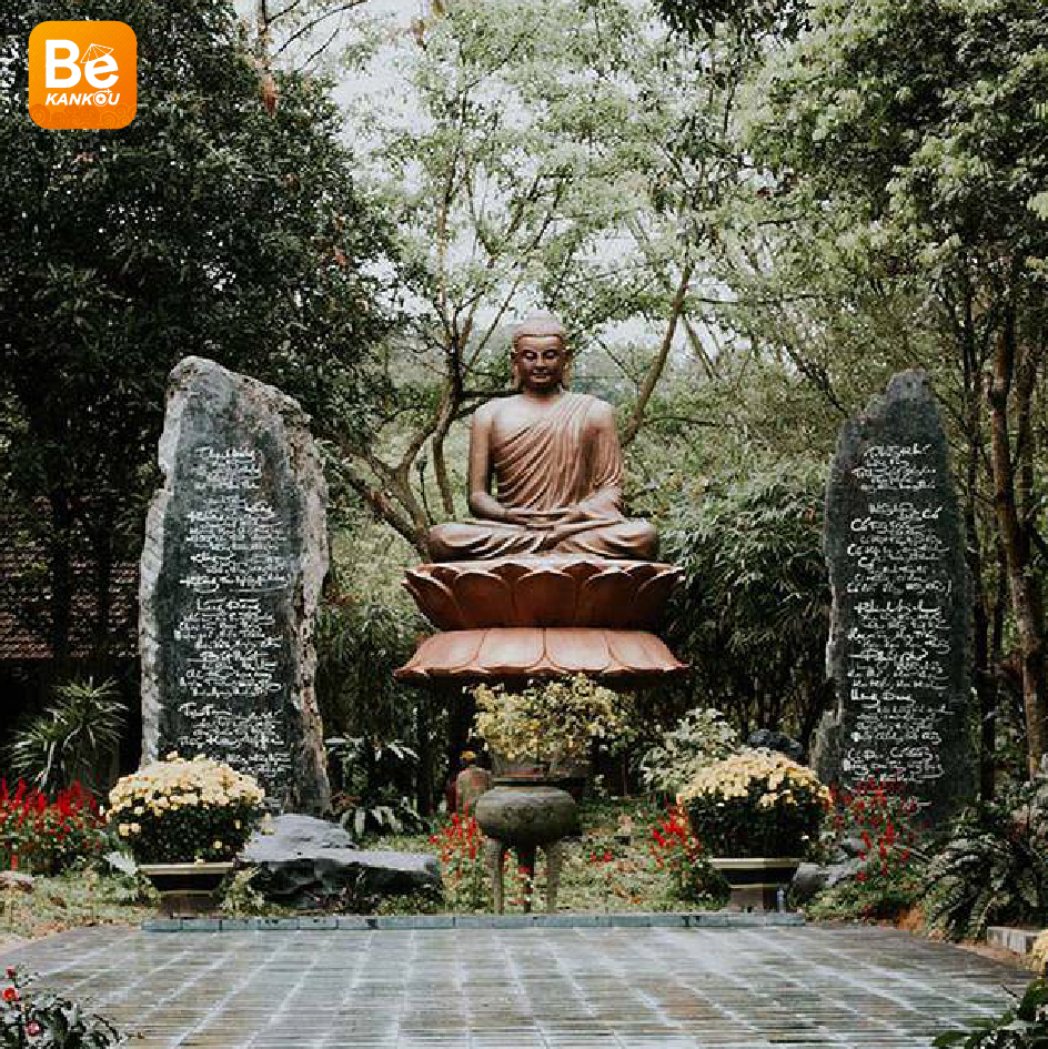 Hue - フエ観光:「夢の国」17