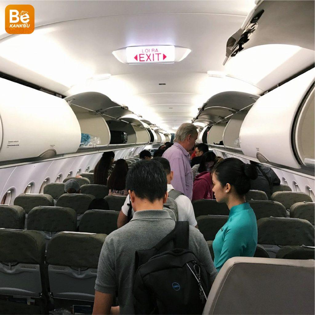 飛行機は左側からしか搭乗できない理由1