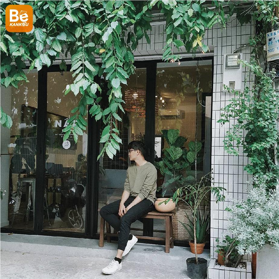 木でいっぱいのトップ3サイゴンカフェ-013