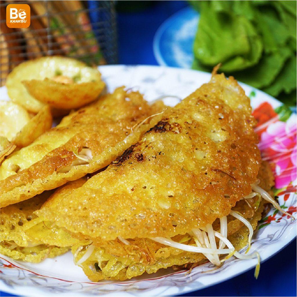 サイゴンでのバインセオ店が独自の小麦粉を作って7千ドンで販売-03